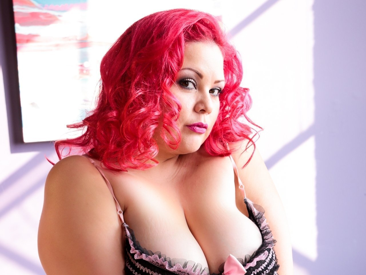 Redhead bbw legend april flores stuffs pussy