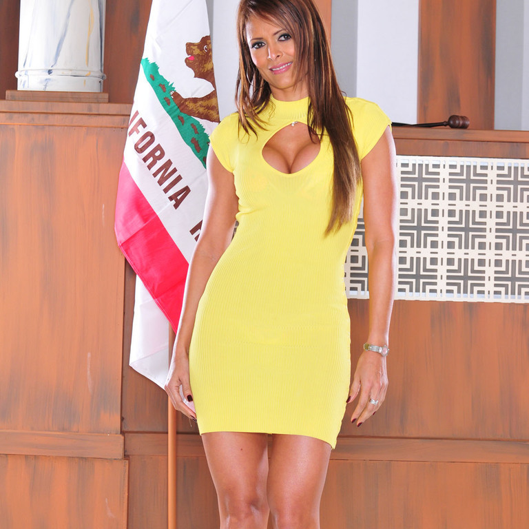 Busty latina Monique Fuentes showing off her shapely mature body  622549