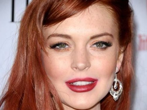 Easton V7 Lindsay Lohan, regreso...