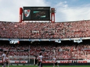 El Monumental se hizo imbatible, River invicto de local