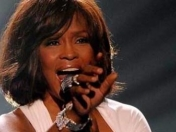 Whitney Houston revivirá en forma de holograma