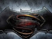Batman v Superman: Dawn of Justice: Título y logo