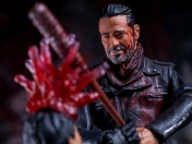 Figura The Walking Dead Glenn y Negan Deluxe Set