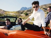 "Arctic Monkeys regresan con 'AM' en busca de ""lo imper"