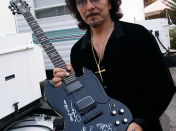 Feliz cumple Tony Iommi (Black Sabbath, Heavend and Hell)