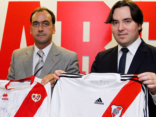 Intercambio entre river y real madrid deportes taringa for Club intercambio madrid