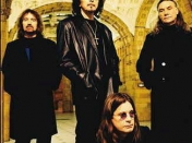 Black Sabbath - Live In London 1999 Online