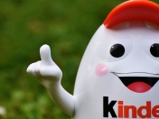 New York Times valora que Chile prohiba el Kinder Sorpresa